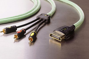 IXOS XPX02 - Xbox to 3x Phono Cable - Audio & Video - 2m
